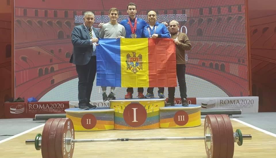 Halterofilul moldovean Marin Robu a cucerit trei medalii la Cupa Mondială de la Roma