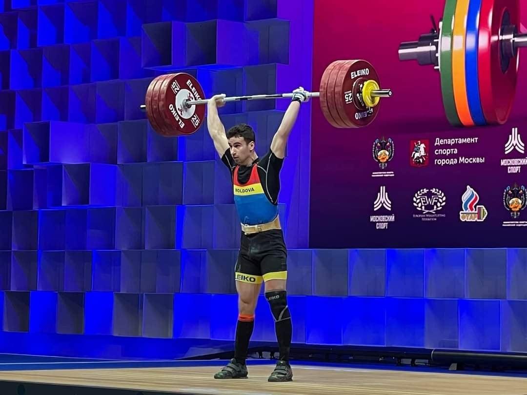 Sportivului  nisporenean, Robu Marin  a devenit vicecampion la campionatul European de haltere din Moscova 2021.